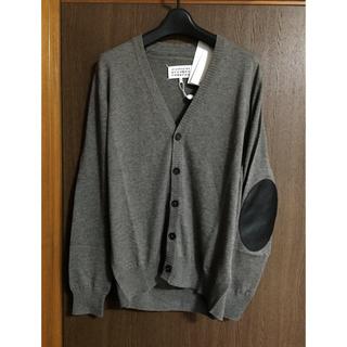 マルタンマルジェラ(Maison Martin Margiela)のS 新品55%off マルジェラ エルボーパッチ ニットカーディガン グレー (Tシャツ/カットソー(半袖/袖なし))