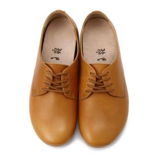 ビルケンシュトック(BIRKENSTOCK)のソーンダース キャメル(ローファー/革靴)