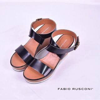 ファビオルスコーニ(FABIO RUSCONI)のファビオルスコーニ クロスサンダル 極美品(サンダル)