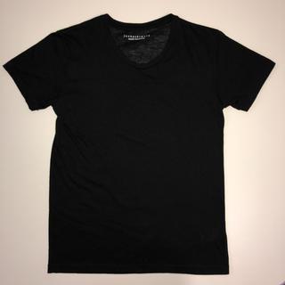 ナノユニバース(nano・universe)のnano・universe  ブラック 丸首 Tシャツ(Tシャツ/カットソー(半袖/袖なし))