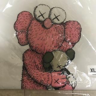 ユニクロ(UNIQLO)のUNIQLO kaws Tシャツ XL(Tシャツ/カットソー(半袖/袖なし))
