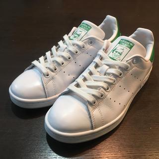 アディダス(adidas)のadidas アディダス スタンスミス 24cm ホワイト/グリーン♪(スニーカー)