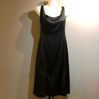 ヴィヴィアンウエストウッド(Vivienne Westwood)のヴィヴィアンウエストウッド シルク混 ブラック ドレス ワンピース イタリア製(ひざ丈ワンピース)