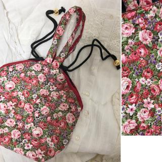アメリヴィンテージ(Ameri VINTAGE)のvintage flower bag キルトバッグ ヴィンテージ 花柄(ハンドバッグ)