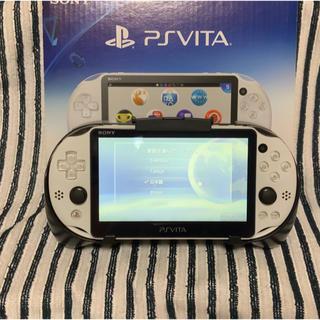 ✤美品✤PS Vita PCH-2000 Wi-Fi ホワイト ★お得おまけ付★