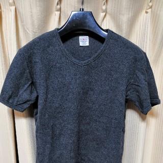 AVIREX VネックTシャツ