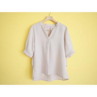 OPAQUE.CLIP スキッパーブラウス40グレーベージュ オペークドットクリ(シャツ/ブラウス(半袖/袖なし))