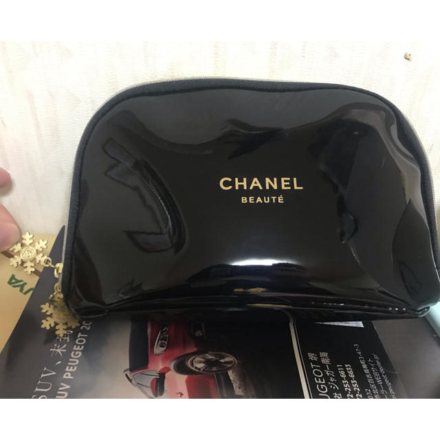 CHANEL(シャネル)のシャネル ノベルティーポーチ エンタメ/ホビーのコレクション(ノベルティグッズ)の商品写真