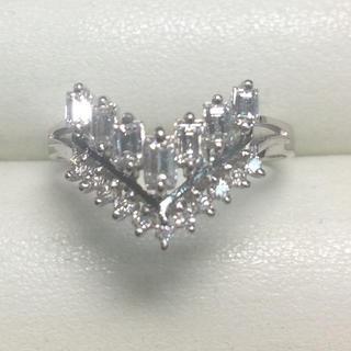 ★大きめの20号★プラチナPt900・V字ダイヤモンドリング★0.77ct(リング(指輪))