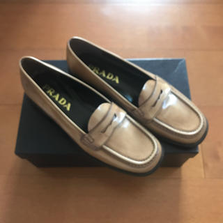 プラダ(PRADA)のPRADA ローファー 新品(ローファー/革靴)