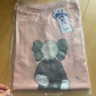 ユニクロ(UNIQLO)のkaws(Tシャツ(半袖/袖なし))