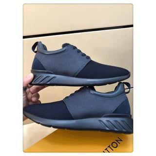 ルイヴィトン(LOUIS VUITTON)の LouisVuittonカジュアルシューズ運動靴ダークブルーサイズ25cm(スニーカー)