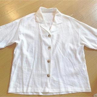 ジーユー(GU)のguリネンブレンドオープンカラーシャツ 新品(シャツ/ブラウス(半袖/袖なし))