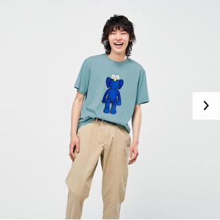 UNIQLO - 最安値]UNIQLO×KAWS Tシャツ(ネット注文未開封)
