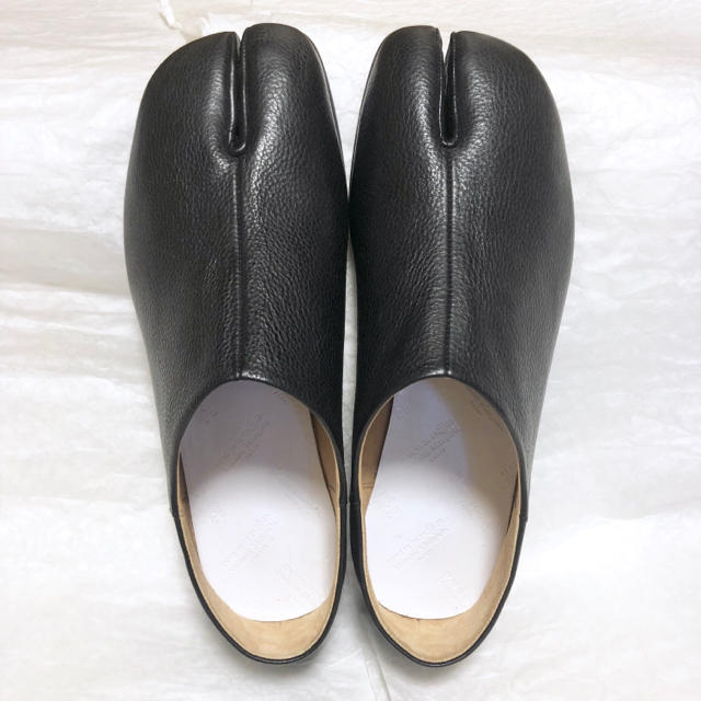 Maison Martin Margiela(マルタンマルジェラ)の新品!41 18ss Margiela マルジェラ 足袋 フラットシューズ メンズの靴/シューズ(スリッポン/モカシン)の商品写真