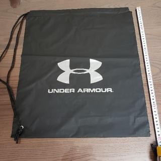 UNDER ARMOUR - UNDER ARMOUR ショッパー(ビニール製 光沢なし)