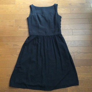 ノーブル(Noble)のLサイズ 黒 ワンピース 礼服 としても(ひざ丈ワンピース)