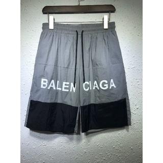 バレンシアガ(Balenciaga)のbalenciaga ショートパンツ(ショートパンツ)