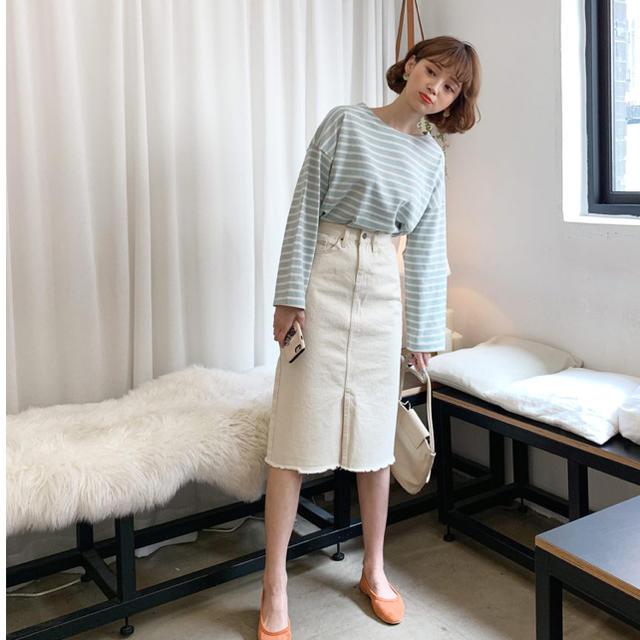 dholic(ディーホリック)のDHOLIC カットオフスカート クリーム色 レディースのスカート(ひざ丈スカート)の商品写真
