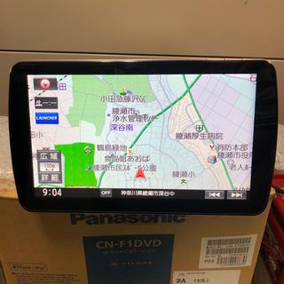 パナソニック(Panasonic)のパナソニック ストラーダ9インチ メモリーナビ 送料無料(カーナビ/カーテレビ)