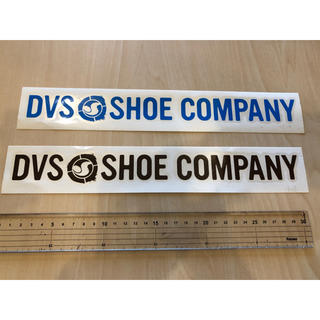 DVS ダイカットステッカー 新品未使用 全国送料無料(スケートボード)