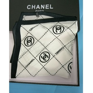 シャネル(CHANEL)の新品 美品    シャネル      スカーフ (バンダナ/スカーフ)