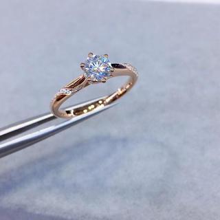 【newデザイン】0.5カラット モアサナイト  ダイヤモンド リング(リング(指輪))
