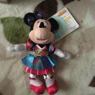 ミニーマウス - ディズニー夏祭りミニーマウスぬいぐるみバッジ