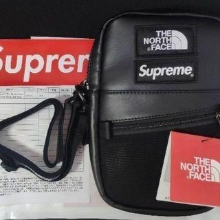 シュプリーム(Supreme)のSupreme TNF Leather Shoulder Bag 黒(ショルダーバッグ)