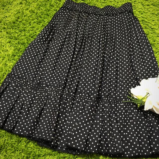 TO BE CHIC(トゥービーシック)のTo be chic❤︎ドット柄レディフレアスカート レディースのスカート(ひざ丈スカート)の商品写真