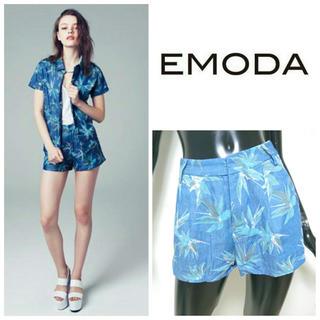 エモダ(EMODA)のEMODA*ストレチアリゾート ダンガリーショートパンツ(ショートパンツ)