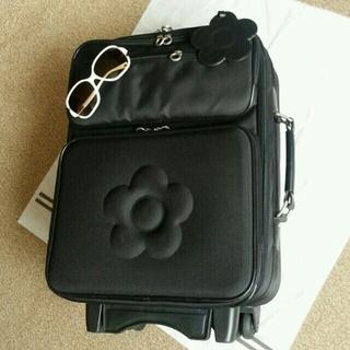マリークワント(MARY QUANT)のMARYQUANTデイジーキャリーバッグ(スーツケース/キャリーバッグ)