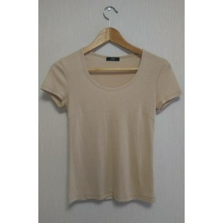 イネド(INED)のイネド ティシャツ ベージュ(Tシャツ(半袖/袖なし))