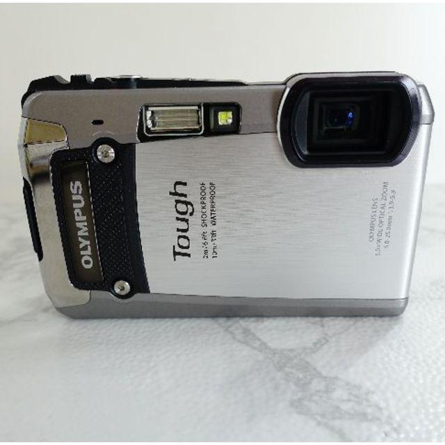 OLYMPUS(オリンパス)のオリンパス TG-820 タフ 防水カメラ スマホ/家電/カメラのカメラ(コンパクトデジタルカメラ)の商品写真