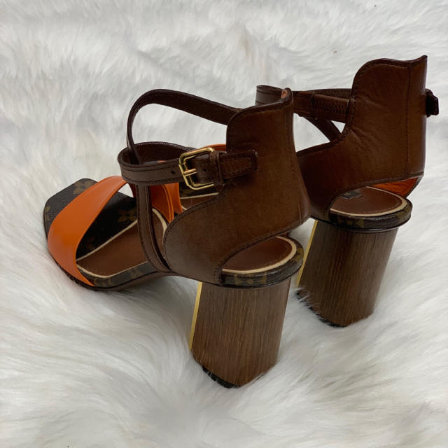 LOUIS VUITTON(ルイヴィトン)の767 ルイヴィトン モノグラム サンダル レディースの靴/シューズ(サンダル)の商品写真
