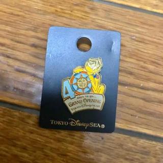 ディズニー(Disney)の東京ディズニーシー オープニングセレモニー 40日目 限定ピンバッジ(バッジ/ピンバッジ)