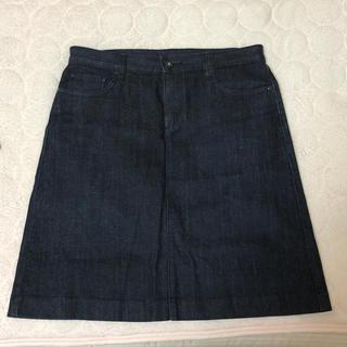 ユニクロ(UNIQLO)のデニムスカート(ひざ丈スカート)