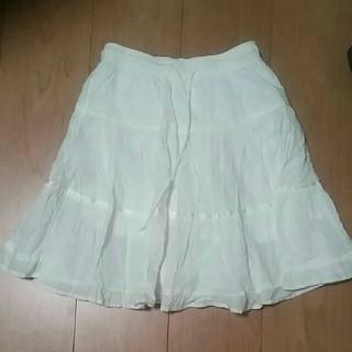 ユニクロ(UNIQLO)のふんわりスカート 白 130サイズ ユニクロ(スカート)