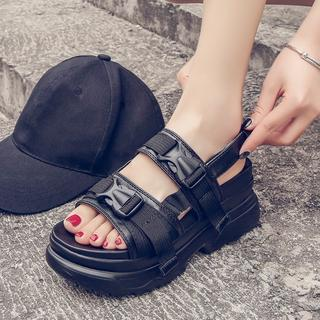 スポーツサンダル ブラック 厚底 カジュアル 韓国ファッション(サンダル)
