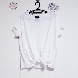 SM2 - ウエストがかわいい🏵️白Tシャツ