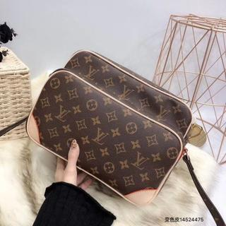 LOUIS VUITTON - LouisVuittonルイヴィトンショルダーバッグ