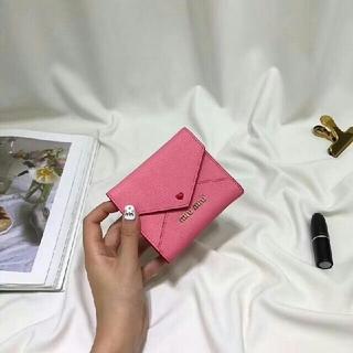 ミュウミュウ(miumiu)のmiumiu ラブレター(折り財布)