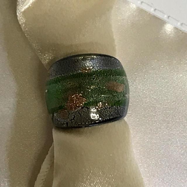ガラスリング[br14] レディースのアクセサリー(リング(指輪))の商品写真
