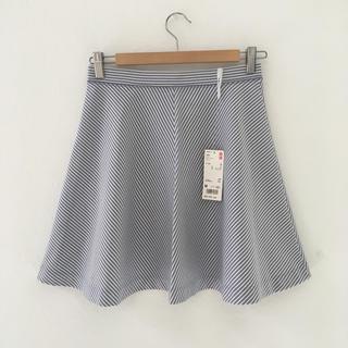 ユニクロ(UNIQLO)の♡新品タグ付き♡膝丈スカート♡(ひざ丈スカート)
