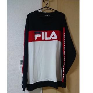 FILA - 32*新品*送料込み*FILAトレーナー*4L