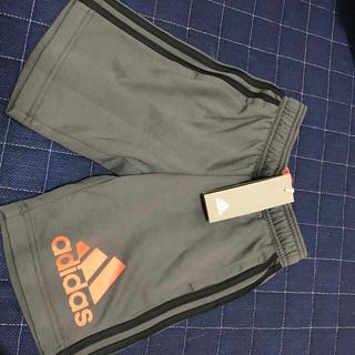 アディダス(adidas)のアディダスハーフズボン(パンツ/スパッツ)