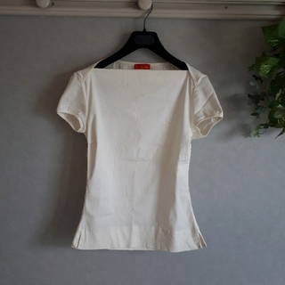 ヴィヴィアンウエストウッド(Vivienne Westwood)のヴィヴィアンウエストウッド トップス カットソー(カットソー(半袖/袖なし))