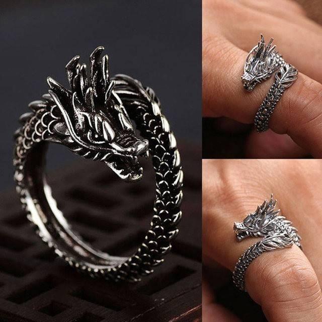 ドラゴン リング 指輪 フリーサイズ  メンズのアクセサリー(リング(指輪))の商品写真