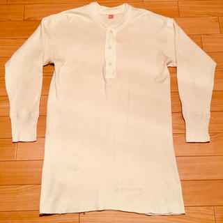 テンダーロイン(TENDERLOIN)の【42 50s vintage hanes ヘンリーネックl/s 生成】(Tシャツ/カットソー(七分/長袖))