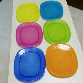イケア(IKEA)のIKEAピクニックプレート お好きな色4枚セット(食器)